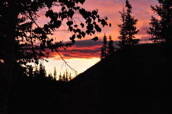 Angel Creek Lodge: sunrise at angel creek