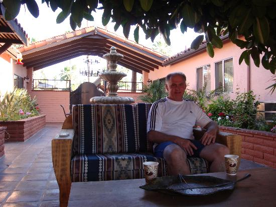 Hotel California: Near the table fire pit and kitchen