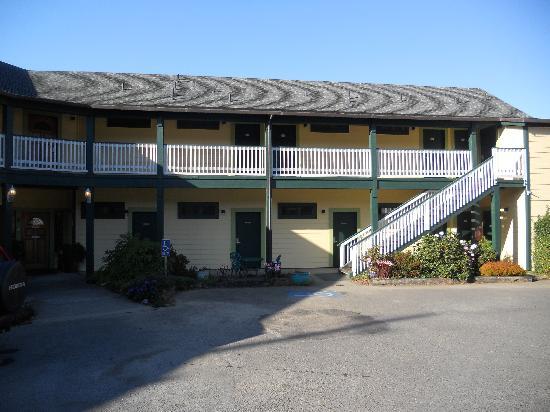 Gualala Country Inn: parcheggio