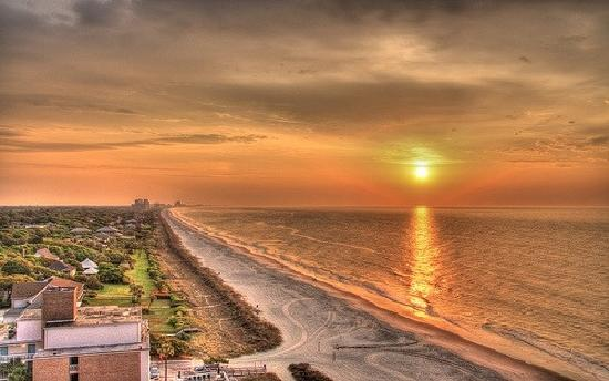 Myrtle Beach, Carolina Selatan: Sunrise - from Compass Cove Resort