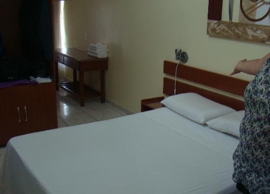 Foz Presidente Hotel: Habitación 302