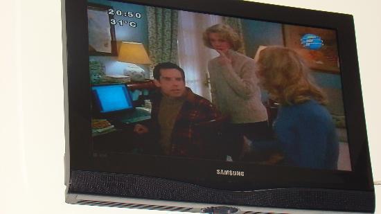 Foz Presidente Hotel: TV LCD de la habitación