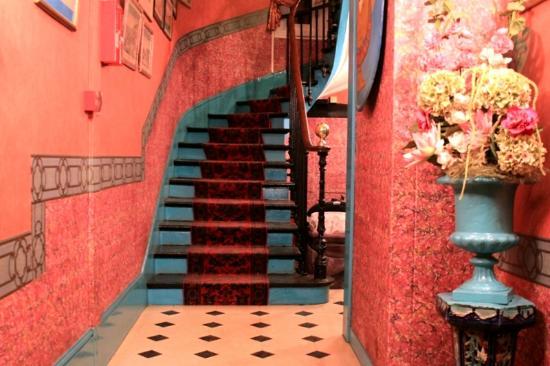 Hotel de Nice: hotel entrance