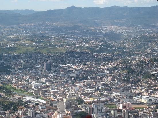 El Picacho: Blick über die Stadt