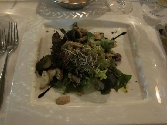 Trübli: Fresh mushroom salad