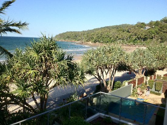 On The Beach Noosa: picture from balcony