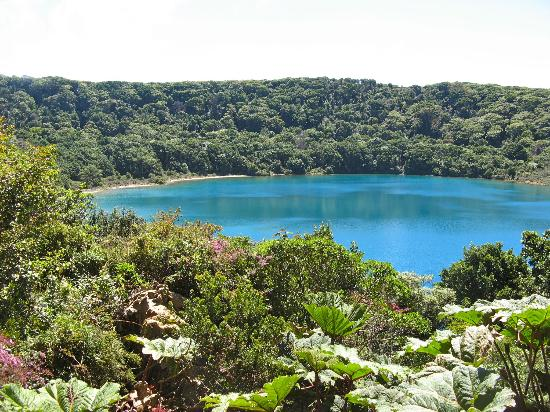 Poas Volcano National Park, Costa Rica: Lake Botos - loop hike