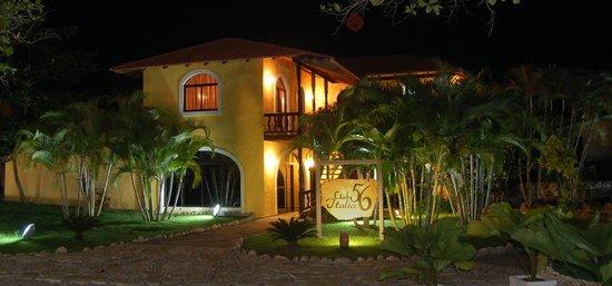 Club Italia 56 : Restaurant Entrance