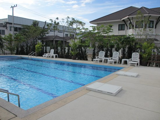 Princess Suvarnabhumi Airport Residence: Pool