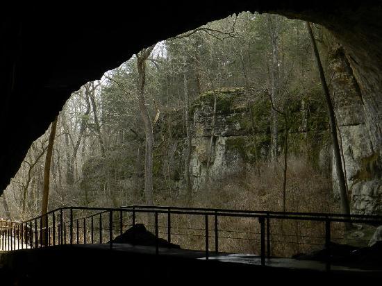 Smallin Civil War Cave 사진