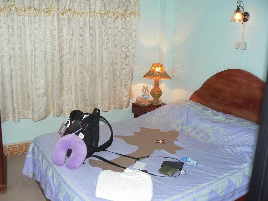White Orchid Guest House: Room