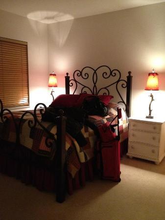 Seasons Townhomes: 2nd Bedroom