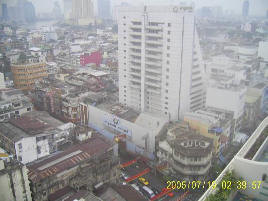 Grand China Hotel: balcony view on a drizzly day