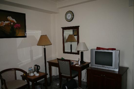 A&Em Signature Hotel: Zimmer