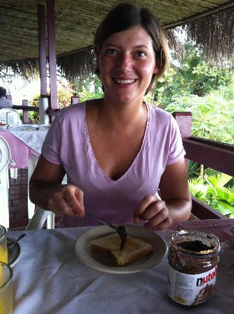 Maribu Caribe Hotel: Nuestra solución a la mala calidad del desayuno: traer nuestra comida