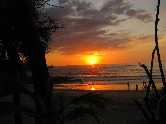 Costa Rica Yoga Spa: Sunset at La Luna