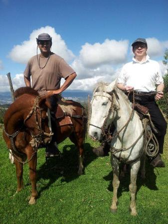 Mountain Views Inn: Ecuador horseback Riding