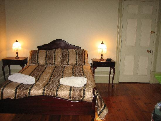 Gatehouse on Ryrie: Cosy bedroom
