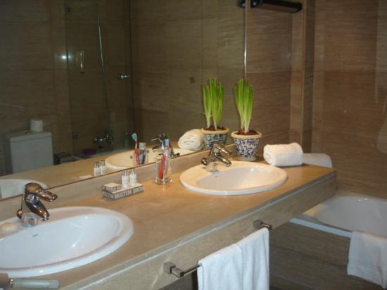 Luxury Suites: sdb  super propre spledom madrid