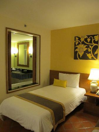 ในทอนบุรี บีช รีสอร์ท: Bedroom