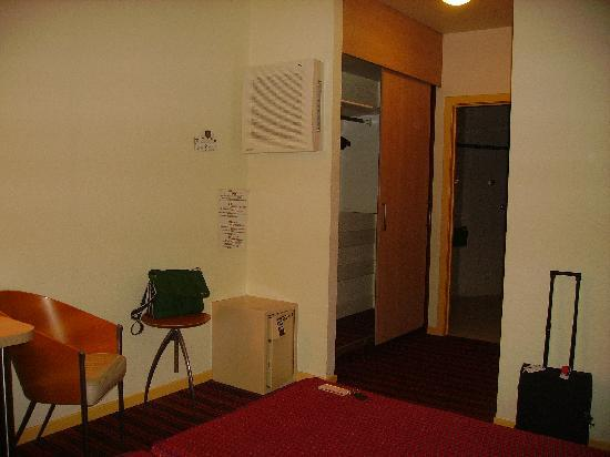 Astrid Centre Hotel Brussels: Room