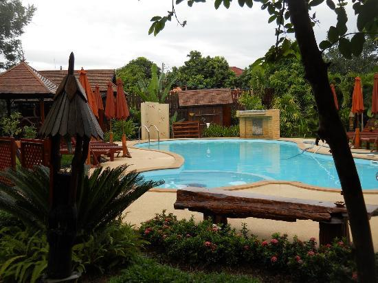Nam Khong Guest House : The swimming pool