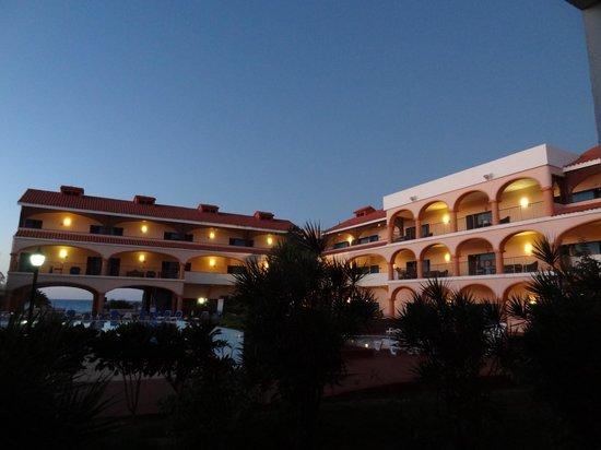 Hotel Dos Mares: Hotel