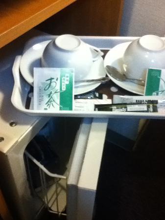 WEB Hotel Tokyo Asakusabashi : お茶、コーヒー、冷蔵庫