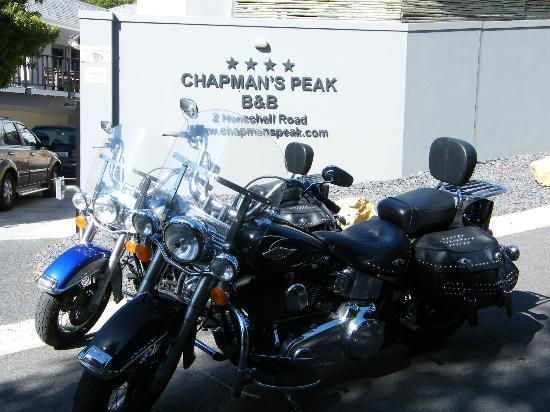 Chapman's Peak Bed and Breakfast: motorbikes