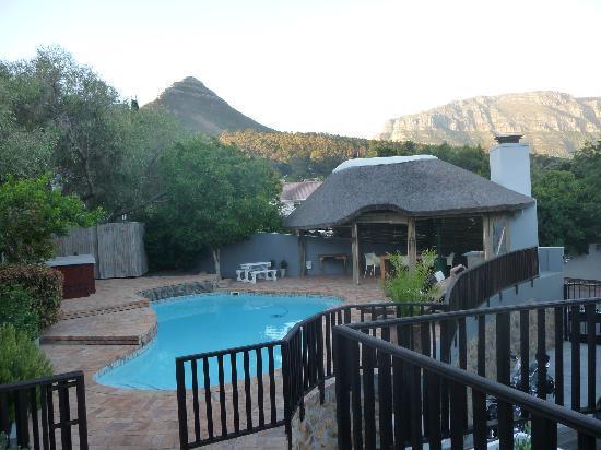 Chapman's Peak Bed and Breakfast: swimmingpool