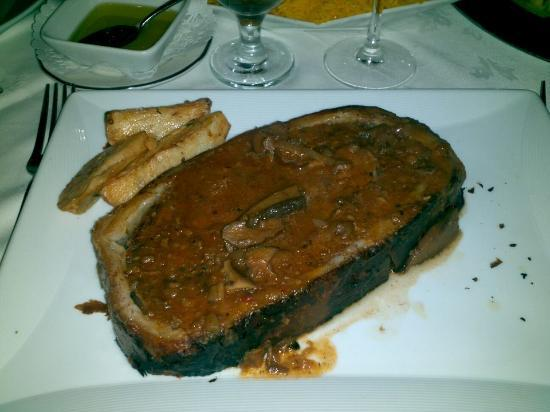 Forno's of Spain Restaurant: Beef Wellington