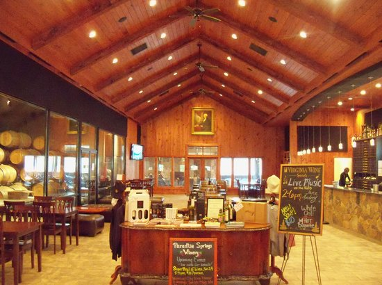 Clifton, VA: Inside the Winery