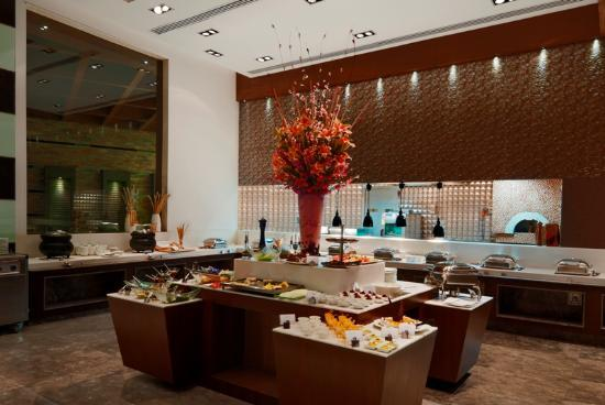 Ramada Gurgaon Central: great buffet spread