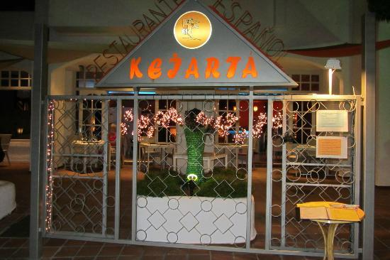 Kejarta: The entrance