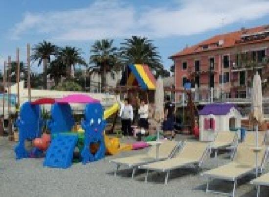 Area giochi foto di bagni san domenico beach varazze tripadvisor