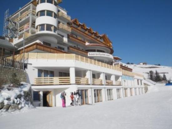 Baerenhotel: Albergo e deposito sci