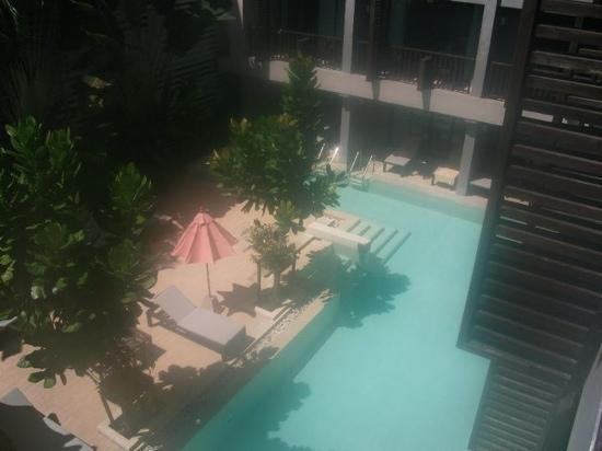 Aree Tara Resort: The pool from the balcony