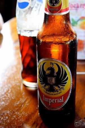 Mi Rancho Bar Restaurante Y Chicharronera: Love the local beer - Imperial
