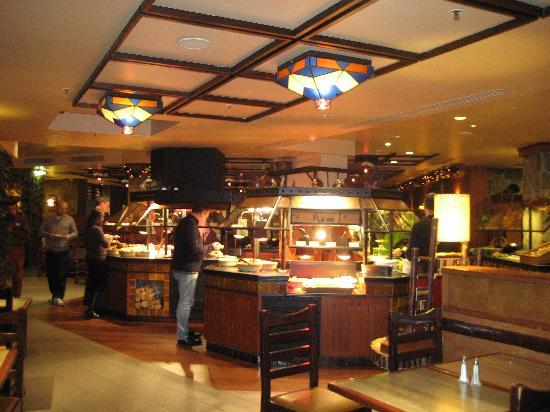 Salad bar picture of hunters grill marne la vallee tripadvisor - Restaurant la grille paris 10 ...