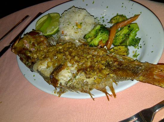 Bistro Balsamar: Whole Red Snapper