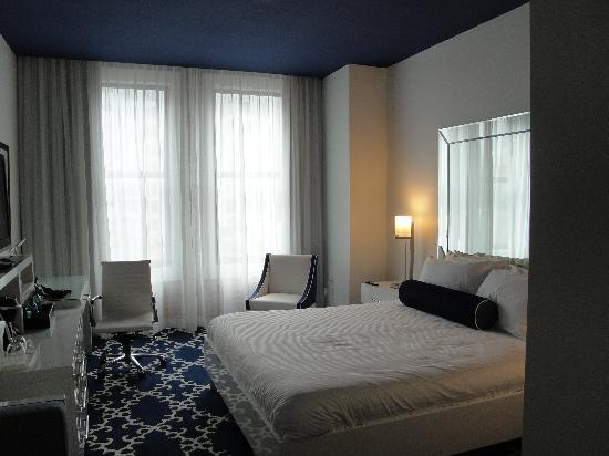 The Saint Hotel, Autograph Collection: Room 626, King room overlooking Canal St.