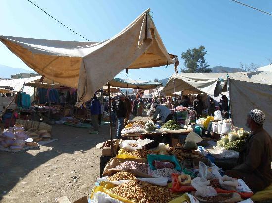 Berber Travel Adventures : Amizmiz le marché