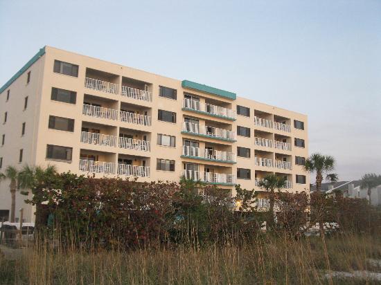 Sand Pebble Resort: Sand Pebble from Gulf