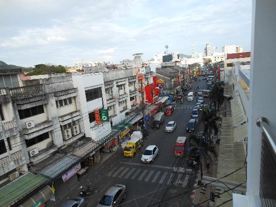 Chinotel Phuket: Vu de la chambre d'hôtel