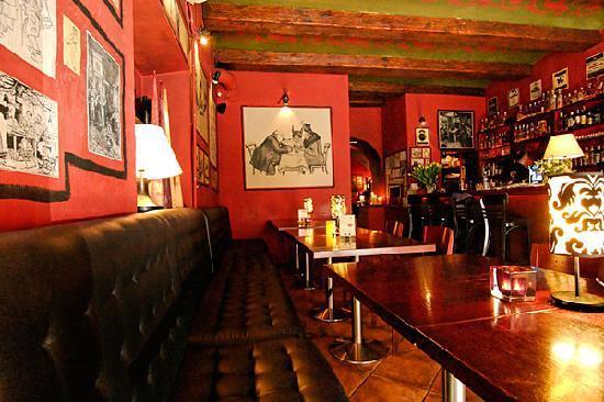 Restauracja Starka: STARKA bar