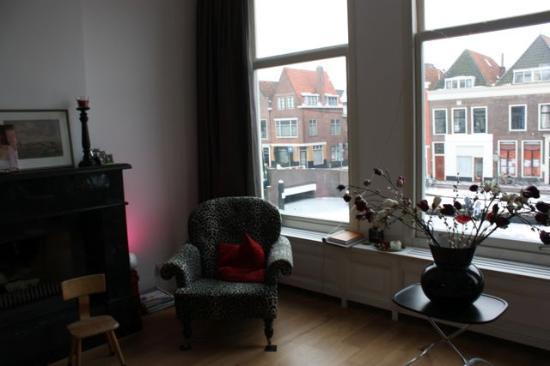 Residence 102: Living Room