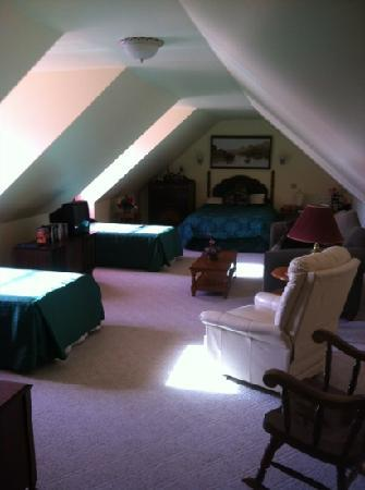 The Abbe House Inn: the room we stayed in