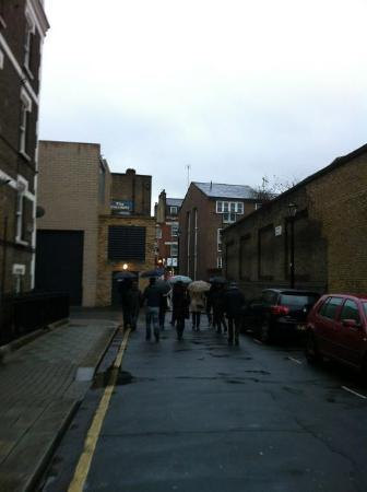 David Drury, London Blue Badge Guide - Private Tours : Fun, despite inclement weather!