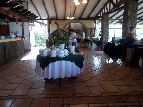 Hacienda Guachipelin : restaurant