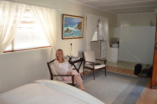 Penguino Guesthouse: Sharon @ Penguino